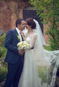 Закохані наречені